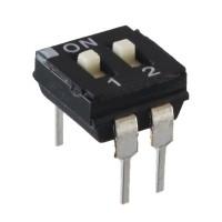 DIP Switch 2 vie con attuatore sporgente PTH ECE EAH102E 99Z