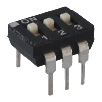 DIP Switch 3 vie a con attuatore sporgente  PTH ECE EAH103E 99Z