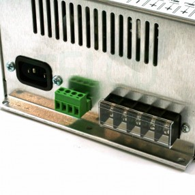 Microset BCS250 Caricabatterie automatico per batterie al piombo 24V da 100 a 500 Ah